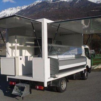 Camión con vitrina (V-21)