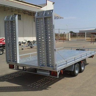 Condición Nuevo Remolque plataforma porta vehículos (MO-14)